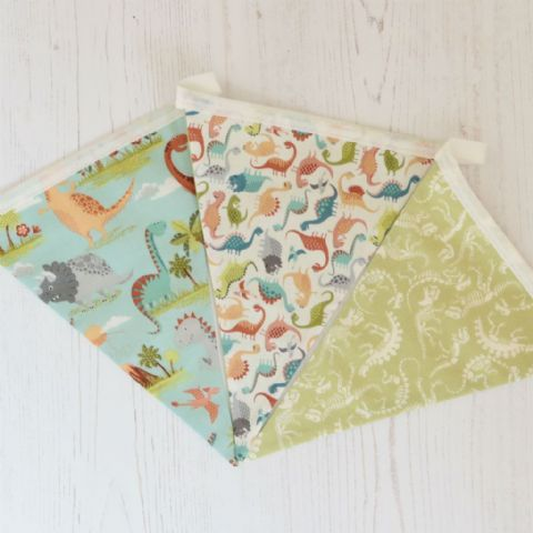 Dinosaur World - 9 flags Cotton Bunting (Price inc P&P)